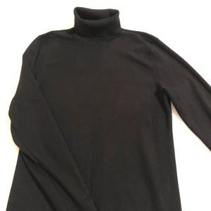 Chico's black turtleneck size 1